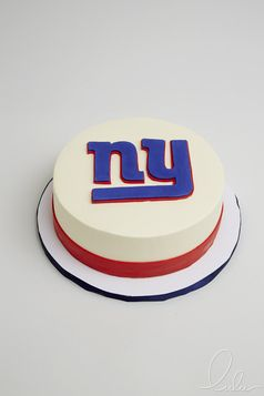 NY Giants NFL Cake