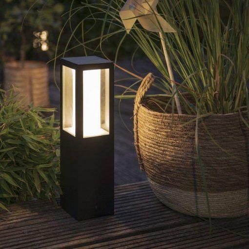 New Weatherproof Philips Hue Outdoor Luminaires Launched Https Art Rasvjeta Hr Svjetiljke Lampe Cijena Rasvjete Ph Hue Philips Pillar Lights Walkway Lighting