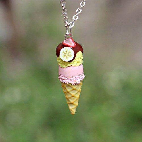 kinderketting met aardbei en banaan ijs #summer #zomer #ketting #juweel #necklace #kids #icecream