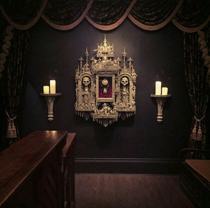 Beautiful Goth Bedrooms With Wood Floor: Skull Wall Decor (not Really Sure How To Describe This But