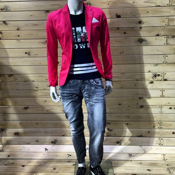 ΘΑ ΠΡΟΛΑΒΕΙΣ ? οΛα -70% οΛα -70% οΛα -70% Σακάκι απο 89€ τωρα 27€ Tshirt απο 29€ τωρα 9€ Jean απο 79€ τωρα 24€ Παπουτσια απο 109€ τωρα 33€   ΘΑ ΠΡΟΛΑΒΕΙΣ ?  #menfashion #denim #boutique #nightlife #luciocosta #italyfashion #nightpeople #streetfashion #menswear #clothing #outfit #urban #street #fashion #swag #black #newarrivals #spring #summer #looking #greece