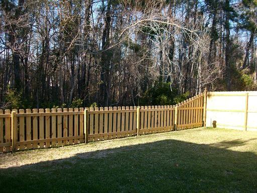 Dog ear picket fence in charleston sc backyard yards for Charleston style fence