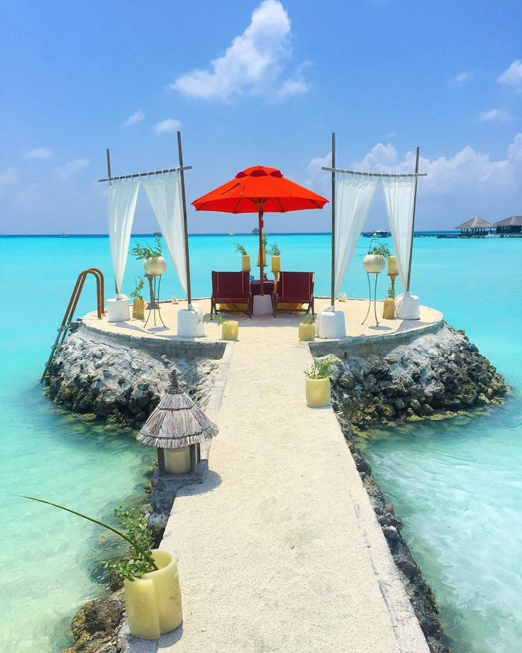 Honeymoon Decoration In Maldives : 1000+ images about Dream Wedding on Pinterest  Floral design ...