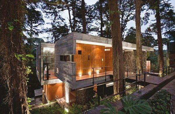 Corallo House in Guatemala City with Concrete Exterior