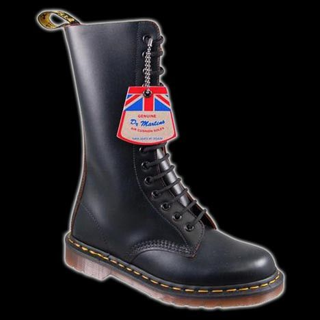 Dr Martens - 14 Eyelet Vintage Black Boot