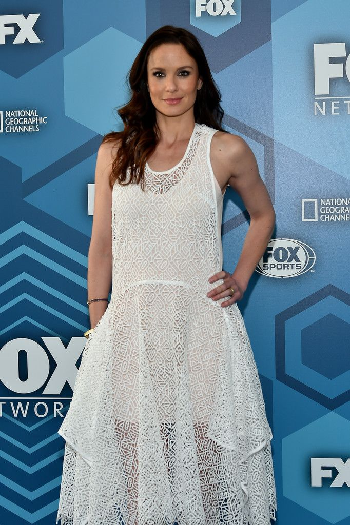 Sarah Wayne Callies - The Stars of 'The Walking Dead' Out of Costume - Photos