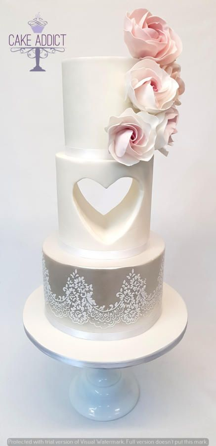869033d98bf Pin by Moody Kake Baker on wedding cakes