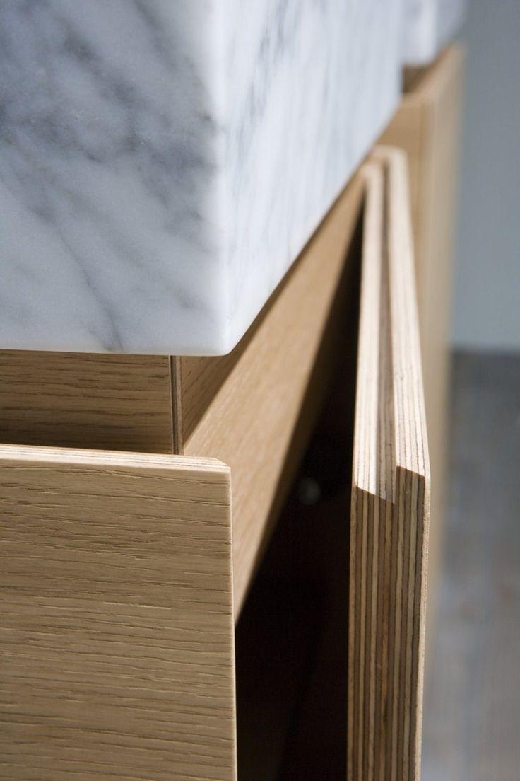 Antonio Lupi Design® / LUNARIA sectional bathroom cabinet; opening #detail