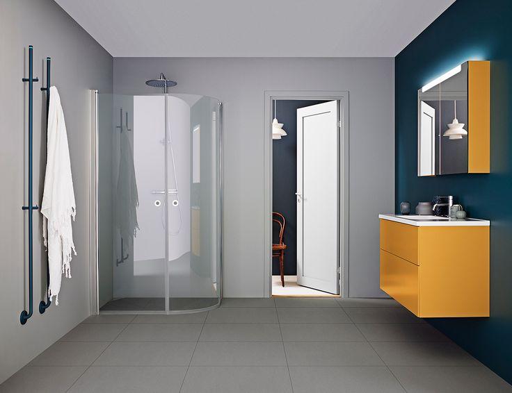 Badrum i färg laddar energi