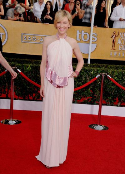 Cate Blanchett really upped the WOW factor with a soft pink Givenchy creation.