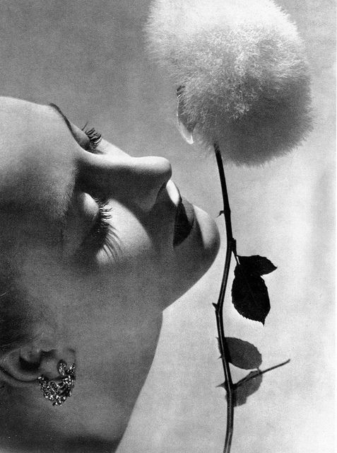 Photo by Erwin Blumenfeld, 1939  From the Book: Beauty Photography in Vogue