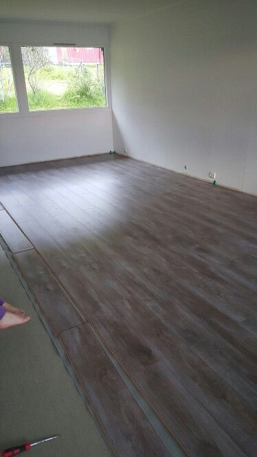 New floor chalked taupe oak / kalket australsk eik