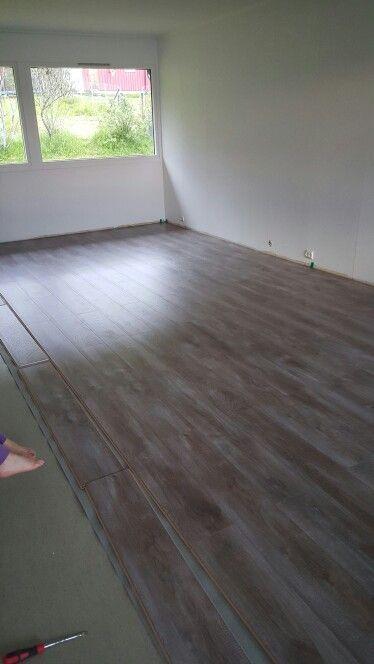 New floor chalked taupe oak / kalket australsk eik