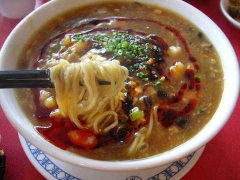 四川飯店 酸辣湯麺