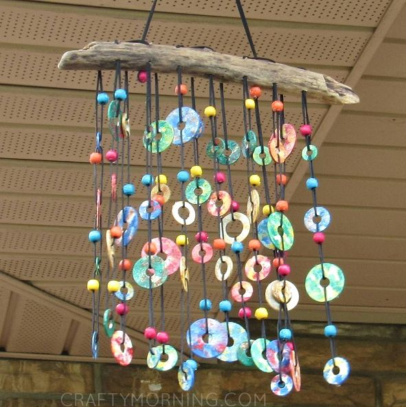 Ww is for (Colorful Metal) Washer Windchimes (from Anne Stuyt Davis on Instagram: https://www.instagram.com/p/BE3pdofNr7C/?taken-by=annestuytdavis; featured with DIRECTIONS on Crafty Morning)