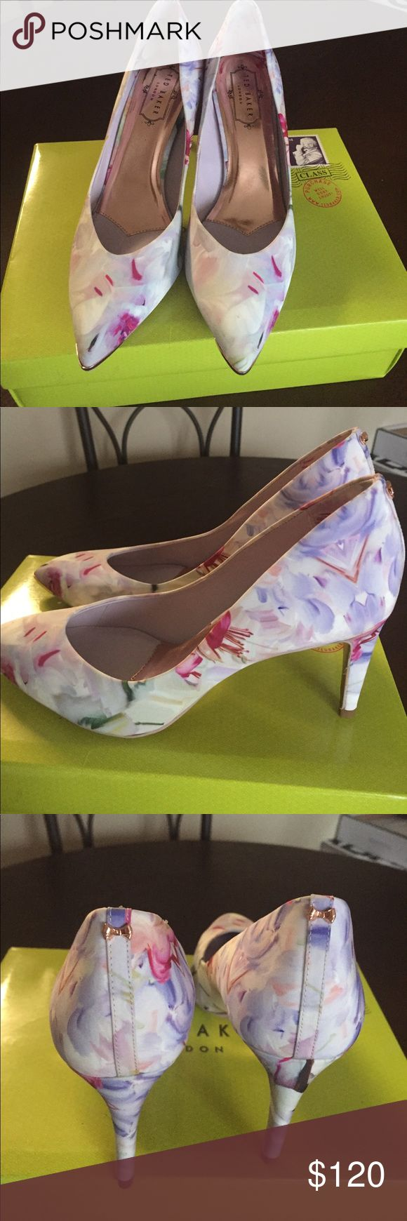 Ted Baker London Neevo 3 Hanging Gardens pumps NWT never been worn, beautiful Ted Baker shoes. Pattern sold out everywhere. Women's size 8. Ted Baker Shoes Heels