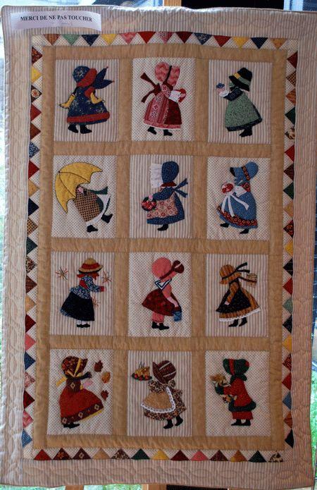 Sunbonnet Sue throughout the year.  Exposition de patchwork à Rennes 2012 (France), posted at Patch a la folie