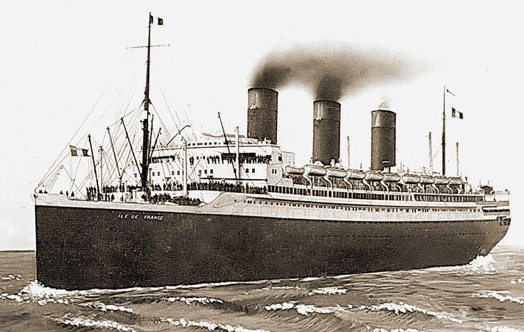 SS Ile de France c1935.jpg