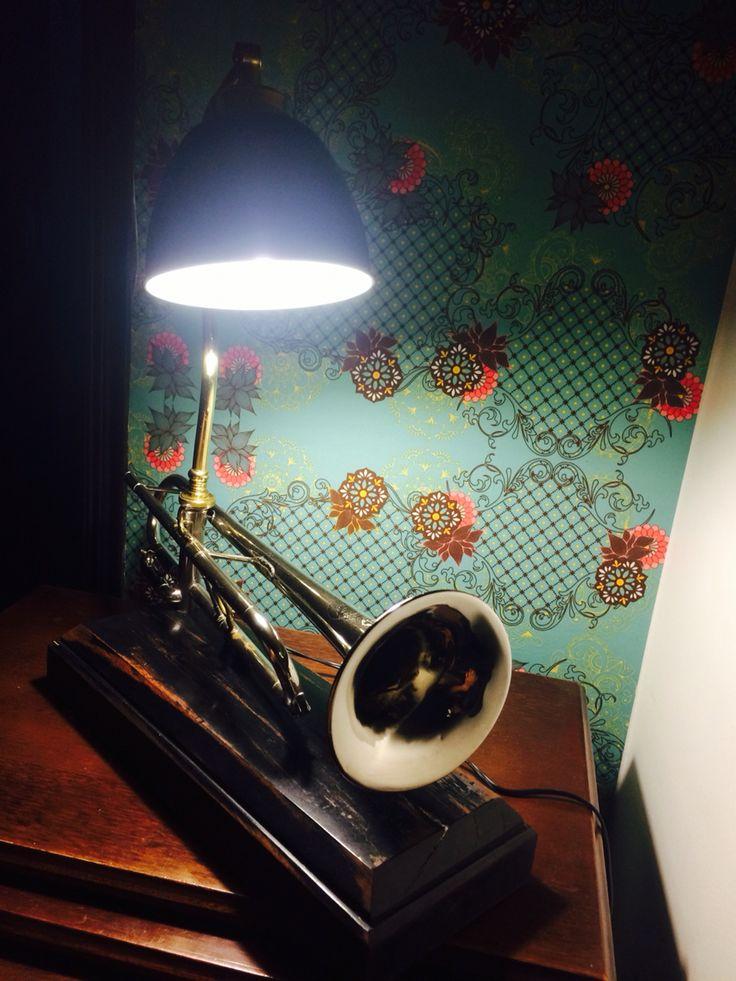 Luminária / Corneta Weril / R$ 950,00 Whats 011 98286-8499