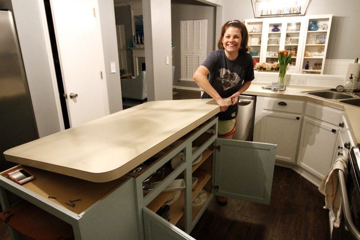 How to remove laminate countertop backsplash without
