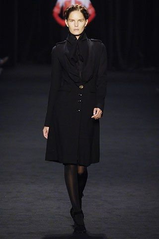 Givenchy Fall 2006 Ready to Wear Collection Photos   Vogue