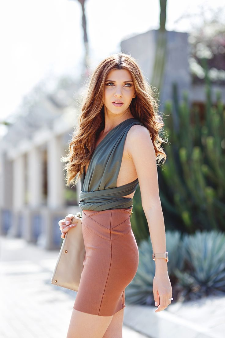 larisa costea, larisa costea blog, the mysterious girl, the mysterious girl blog, fashion blog, fashion,blogger,fashionista,travelblog,spain,spania, gran canaria, mas palomas, sand dunes,beach, faro, lighthouse, my bandage dress, bandage, skirt, coffe bandage skirt, multi way body, green body,mbd, it girl, jessica buurman,gold sandals, corto moleto,clutch,beige clutch,kapten and son watch, glam,glamour,glam outfit,ootn, outfit inspiration