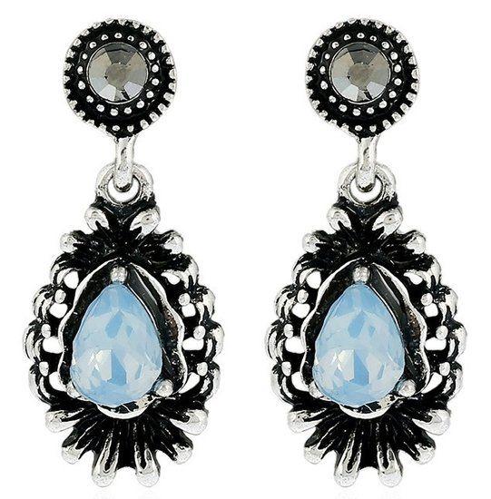 Zilverkleurige vintage oorstekers met geslepen steen (lichtblauw)