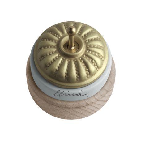 Comprar | Mecanismo de porcelana para instalación en superficie | Interruptores porcelana superficie #iluminacion #decoracion #accesorioslamparas #lamparas #handmade #vintage #interruptoresporcelana