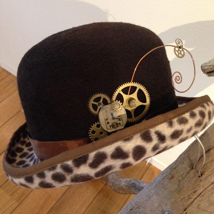 steampunk bowler hat レパード柄とこげ茶のバイカラー。ファーベロア。#hat #bowlerhat #steampunk