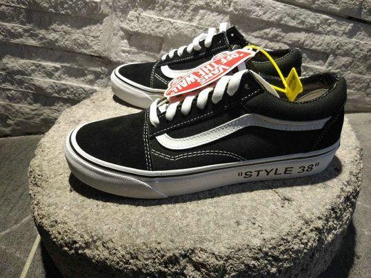 487b27e4a9 Vans OG Style 38 Classic Low Old Skool Skateboard Shoe T32 Vans For Sale   Vans