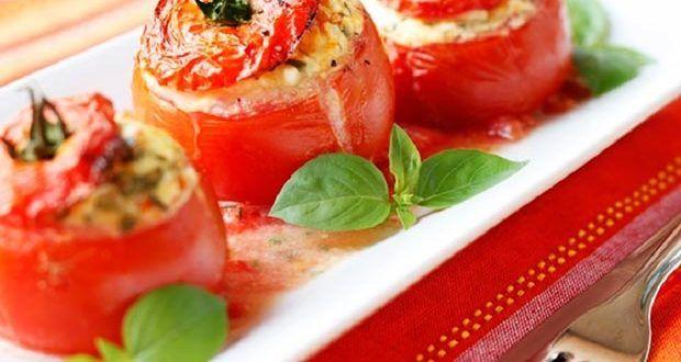 Pomodori ripieni Questa è la ricetta che voglio proporti oggi, un piatto dove ancora una volta le v...