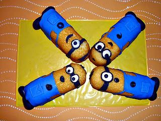minion twinkie cupcakes | Taylor and I made the cutest things yesterday! Minion Twinkies! If you ...