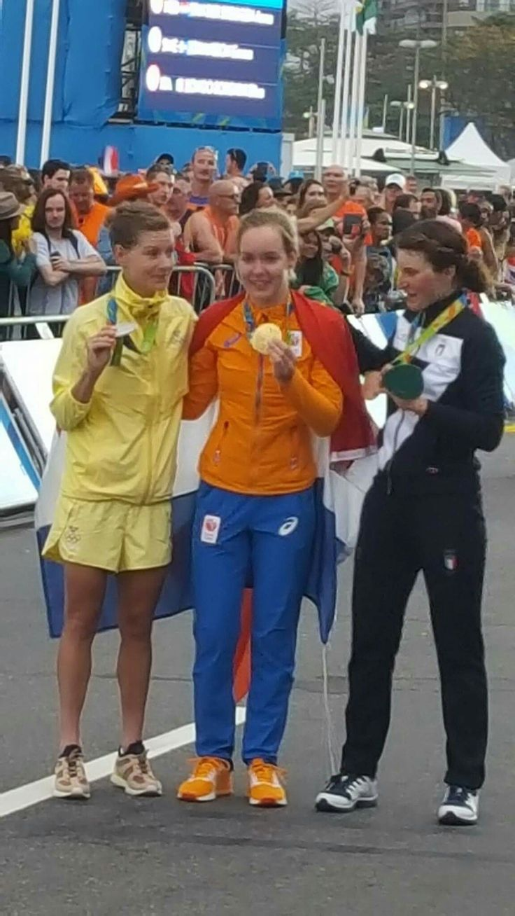 Medals women road cycling