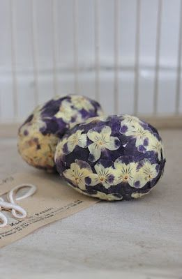 ~ Egg Covered in Dried Pansies ~ #realeasterbasketgrass #easter #spring