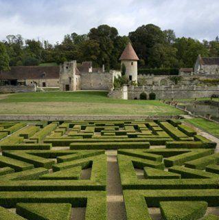Jardins reconstitués de Villarceaux (France). http://villarceaux.iledefrance.fr/bienvenue-villarceaux/visite-du-domaine