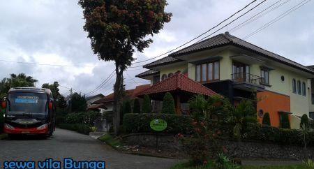 Villa Besar Di Lembang Kapasitas 20 sampai 60 Orang