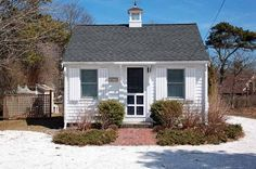 This 288 sq. ft. tiny cottage for sale in Chatham, MA is used as a rental investment property. In 2014 it brought the owners $15,000 in income. The asking price for the tiny home and property right...
