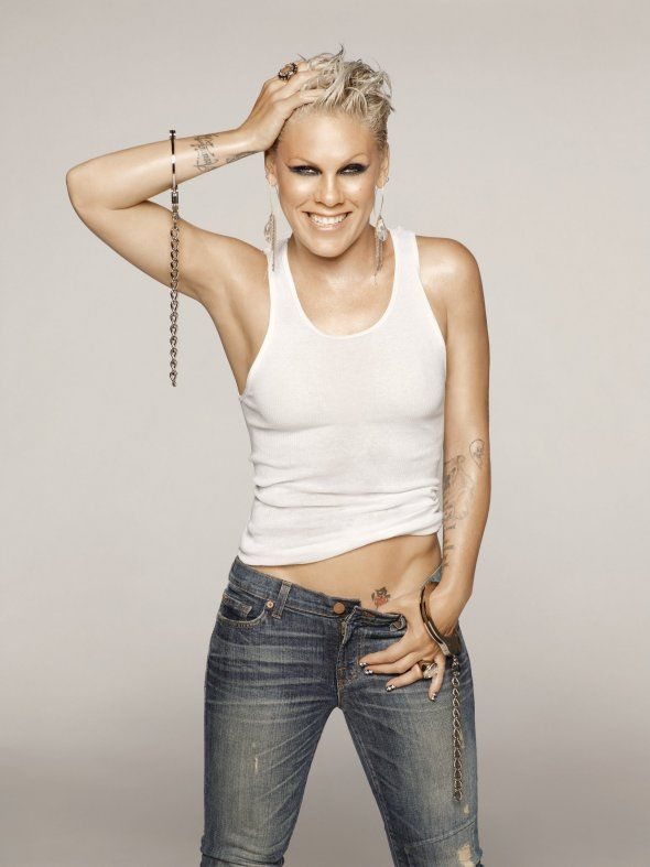 Happy Birthday P!NK you sexy thing! P!NK turns 33 on 8 September.