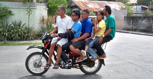 Google Image Result for http://www.dutchpickle.com/wp-content/uploads/2011/01/motorcycle-philippines-ideas-001.jpg