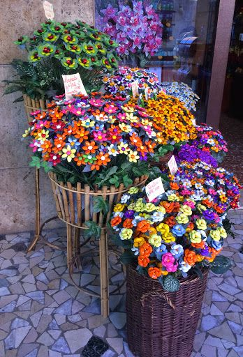 """In Sulmona in the hills of Abruzzo you will find authentic """"confetti"""" candy - a day trip from Pescara during 10 week Italy trip."""
