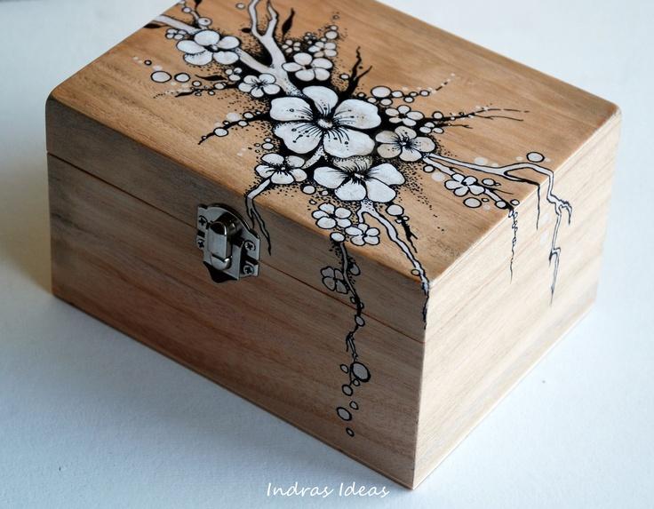 Little flower jewelery box..