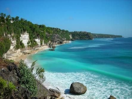 happy with the atmosphere of the beach? you have to visit the most beautiful beaches in indonesia  #vacation #destination #holiday #travel #traveling #indonesia #beach #sunset