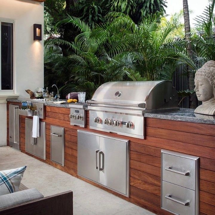 Searching For Your Dream Outdoor Kitchen Coyote Outdoor Living Has It All Visit The Link In Our Bio To Shop Now Purcellmurray Outdoor Living Grill Master Kitchen