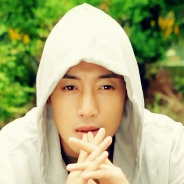 17 Best Images About Kim Hyun Joong On Pinterest