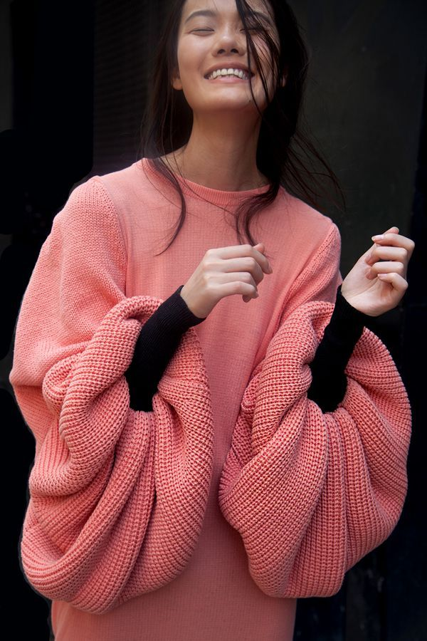 ok this sweater is so fun and we love those sleeves | ban.do
