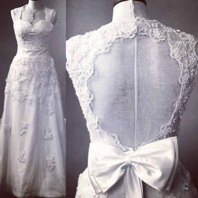 The Garland - A classic lace A-line gown with a pretty key-hole back. This gown is given a vintage feel with a fitted waist & flattering sweetheart neckline. http://www.viva-bride.com/gallery-vintage.html