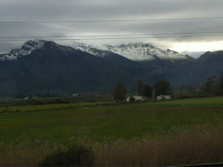Twitter / @PauloDoCarmo: Yesterday driving to Bonnievale. Who says there is no snow in South Africa?