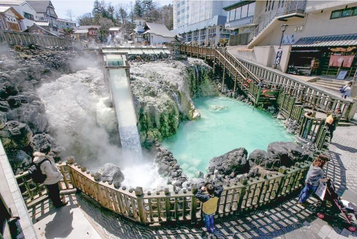 湯もみ体験から街あるきまで 日本三名泉 草津温泉の楽しみ方 画像あり 温泉 温泉 草津 温泉 群馬