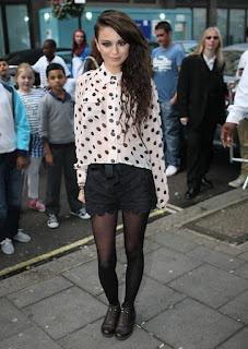 Cher Lloyd does feminine and flirty right.
