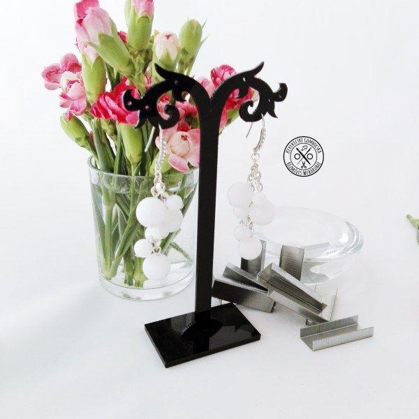 Tejkvarc fülbevaló Megvásárolható a webáruházban, itt: http://kerekecskegombocska.com/termek/tejkvarc-fulbevalo/